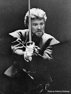 """1975 - Albert Finney as """"Hamlet"""" at the National Theatre"""