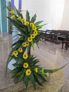 1 million+ Stunning Free Images to Use Anywhere Tropical Flower Arrangements, Funeral Flower Arrangements, Ikebana Flower Arrangement, Beautiful Flower Arrangements, Tropical Flowers, Flower Boquet, Floral Bouquets, Flower Art, Altar Flowers