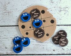 Cookie Monster Tic Tac Toe ITH Embroidery Design This design is done in the hoop. Includes TTT Board, Nom Nom Nom and Cookie Face piece. Stone Crafts, Rock Crafts, Felt Crafts, Diy And Crafts, Arts And Crafts, Diy Gifts For Kids, Crafts For Kids, Tic Tac Toe Game, Tic Toe
