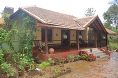 Courtyard works well with any style of home, from modern to classical. It also acts as a fun nook . read for more for courtyard design ideas Indian Home Design, Kerala House Design, Courtyard Design, Balcony Design, Village House Design, Village Houses, Mud House, Farm House, House Architecture Styles