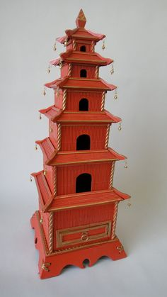 A favorite Etsy shop of mine Tweaked Home is brilliant at taking vintage Chinoiserie pieces and updating them in Hermes orange or Tangerin. Chinese Pagoda, Style Asiatique, Neoclassical Interior, Hermes Orange, Chinoiserie Chic, Asian Decor, Western Art, Chinese Style, Bird Houses