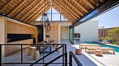 maison contemporaine avec #piscine_sur_la_terrasse