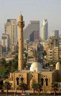 Tel Aviv, Israel (by thorbak on Flickr)