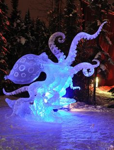 Photo about Blue Ring Octopus Ice Sculpture, 2010 World Ice Art Championships February Fairbanks, Alaska. Image of fairbanks, illuminated, octopus - 13283006 Snow Sculptures, Art Sculpture, Art And Illustration, Art Bizarre, Illusion Kunst, Motif Art Deco, Arte Fashion, Ice Art, Snow Art