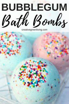 DIY Lush Inspired Bath Bomb Recipe (Smells Like Bubblegum!) - How to make DIY bath bombs. This Lush inspired bath bomb recipe is perfect for kids, teens and twee - Wine Bottle Crafts, Mason Jar Crafts, Mason Jar Diy, Diy Hanging Shelves, Floating Shelves Diy, How To Make Diy, How To Make Paper, Bath Bomb Ingredients, Bath Bomb Recipes