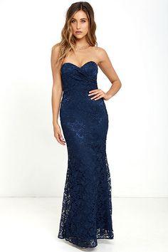 Strapless long blue lace dress