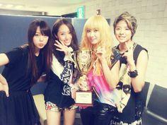 f(x) - Sulli Choi, Krystal Jung, Victoria Song & Amber Liu