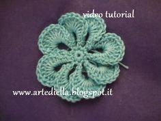 Le Fragole di Stoffa: fiore all'uncinetto con spiegazione, crochet flower pattern