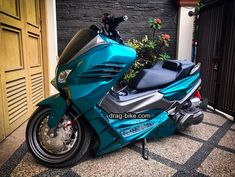 Drag Bike, Xmax, Cars And Motorcycles, Yamaha, Racing, Vehicles, Auto Racing, Lace, Vehicle