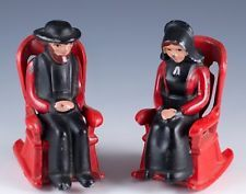 Vintage Diecast Metal Amish Man & Lady In Rocking Chairs Salt & Pepper Shakers