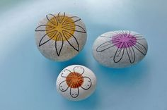 "collection ""flowers"" ... pebbles by Sabine Ostermann,  hand painted with permanent water color"