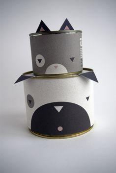 Cute PetFood Packaging by Adrienn Nagy, via Behance