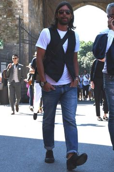Men Looks, Jean Outfits, Jeans Style, Spring Fashion, Street Style, Mens Fashion, Suits, Denim, Stylish