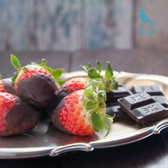 Strawberries with dark chocolate