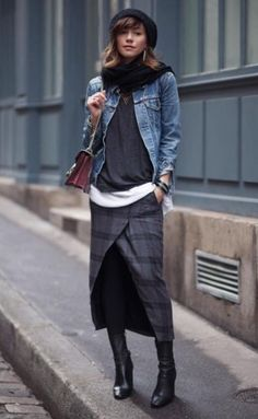 5 Tips for Shopping High Street Brands Fall street style fashion / Fashion week Fashion Mode, Fashion Week, Look Fashion, Autumn Fashion, Womens Fashion, Fashion Trends, Fashion Lookbook, 70s Fashion, Fashion Styles