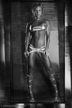 Female Form #StrongIsBeautiful #Motivation #WomenLift2 Jamie Eason ----http://www.fitnessgeared.com/forum/forum/----