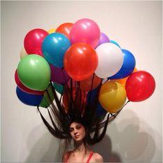 crazy hair day at school idea. hair tied to balloons Crazy Hair Day At School, Crazy Hair Days, Crazy Hair Day For Teachers, Hair Dos, My Hair, Wacky Hair Days, Blog Art, Color Splash, Sculptures