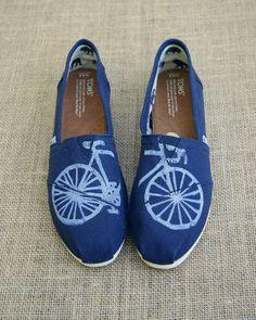 Moto custom TOMS Shoes por themattbutler en Etsy