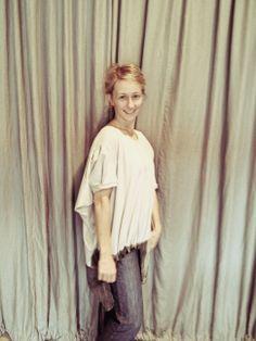 http://heroina-alexandrelinhares.blogspot.com.br/2014/04/mabel-veste-heroina-alexandre-linhares.html  Mabel Krefta veste Heroína - Alexandre Linhares