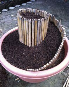 spiral planter Great idea!