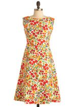 I love this floral dress from modcloth.com!  Note to self, I MUST learn how to sew!