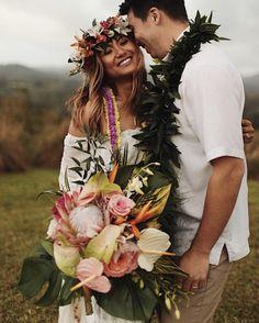 Kaua'i, Hawaii tropical boho wedding of our dreams by Kawaii Designs Hawaii Romantic Bohemian Wedding Dresses, Floral Crown Wedding, Boho Wedding Bouquet, Boho Wedding Flowers, Bridal Flowers, Hawaiian Flower Crown, Flower Crowns, Simple Beach Wedding, Kauai Wedding