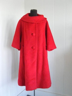 My mother had a red coat exactly like this one! 1950's Vintage Lilli Ann Red Wool Coat