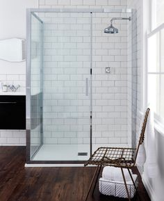 For the more traditional bathroom, Belgravia, which displays classic ceramic indices in lever and crosshead options and elegant period-style profiling is the perfect option for Crosswater's Digital Shower Collection.