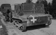 Polish tracked Artillery Tractor operated by the Germans. Poland Ww2, Invasion Of Poland, Ww2 Tanks, Military Equipment, German Army, Armored Vehicles, Skin So Soft, Armed Forces, Military Vehicles
