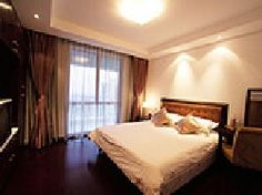 Find cheap Shanghai family rooms, holiday serviced apartments and luxury Shanghai family hotels. Holiday Service, Serviced Apartments, Hotels And Resorts, Shanghai, Family Room, Luxury, City, Bed, Furniture