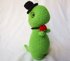 Crocheted dino by Lo