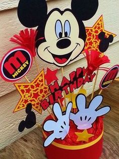 Party ideas for Kids: 50 Mickey Mouse party decoration ideas Mickey Mouse Party Decorations, Mickey Mouse Centerpiece, Mickey Mouse Parties, Mickey Party, Fiesta Mickey Mouse, Mickey Mouse Clubhouse Birthday, Mickey Mouse Birthday, Mickey Minnie Mouse, Bolo Mickey