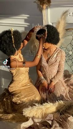 Black Women Art, Black Girls, Black Art, Black Women Hairstyles, Afro Hairstyles, Clothing Staples, Cute Little Drawings, Beauty Around The World, Black Girl Aesthetic