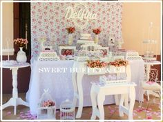 Sweet Buffet & Co 's Birthday / Shabby chic - First birthday and baptism of Delfina at Catch My Party Mesas Shabby Chic, Cumpleaños Shabby Chic, Shabby Chic Homes, Shaby Chic, Shabby Chic Birthday Party Ideas, Birthday Party Tables, Vintage Sweets, Vintage Party, Sweet Buffet