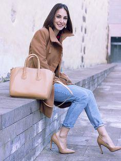 www.wannia.com #sweetfreckles #winteroutfit #Pull&Bear #Zara #h&m #fashioninspiration #fashionblogger #fashiontrends #bestfashionbloggers #bestfashiontrends #bestdailyoutfits #streetstylewannia #fashionloverswebsite #followothersfashion #wannia