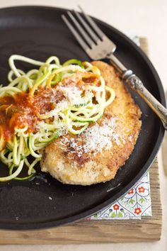 Awesome idea... and one more kitchen gadget to add to the wish list :)  Chicken Parmesan with Zucchini Noodles via DeliciouslyOrganic.net