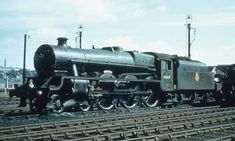 Hong Kong Travel Tips, Steam Trains Uk, Steam Railway, British Rail, Steam Engine, Steam Locomotive, Diesel Engine, Locs, Shelves