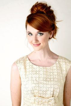 Laura Spencer (plays Jane in the Lizzie Bennet Diaries) - hair color