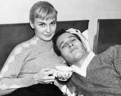 THE ABSOLUTE ideal. Joanne Woodward and Paul Newman forever.