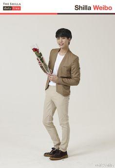 150910 SHINee Jonghyun - The Shilla Duty Free Weibo Update