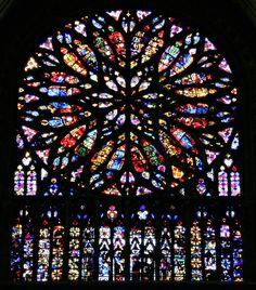 Rosetón. Catedral de Amiens 20 Paris City, Exotic Fruit, Chapelle, Flower Fairies, Disney Films, Exotic Pets, Art And Architecture, Art History, Stained Glass