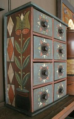 Painted chest of drawers Painted Chairs, Hand Painted Furniture, Paint Furniture, Handmade Furniture, Furniture Projects, Painted Chest, Painted Boxes, Primitive Furniture, Primitive Crafts
