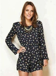 caveiras  - macacão farm Winter Outfits, Cool Outfits, Summer Outfits, Fashion Beauty, Fashion Looks, Womens Fashion, Romper Floral, Style Me, Your Style