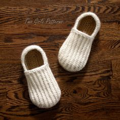 Crochet Pattern for Mens House Shoes the Lazy *Permission to sell items given*