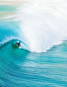 Damian Hobgood, Kirra. Good as it gets. Photo Swilly.