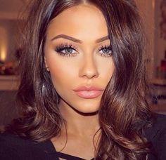 This mascara makes my eyelashes so long and thick! Love it. #nofilter #miaadora