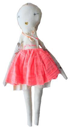 Jess Brown Atsuyo et Akiko Doll // poppyscloset.com #gifts #dolls