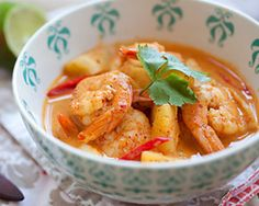 Thai Shrimp and Pineapple Curry | Easy Asian Recipes at RasaMalaysia.com