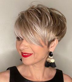 Funky Short Hair, Short Choppy Hair, Super Short Hair, Short Grey Hair, Short Hair Older Women, Haircut For Older Women, Haircut For Thick Hair, Short Hair With Layers, Short Hair Styles