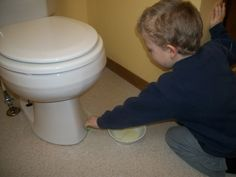 How To Get The Urine Smell Out Of The Bathroom   For Moms With Little Boys  | DIY | Pinterest | Urine Smells, Boys And Cleaning